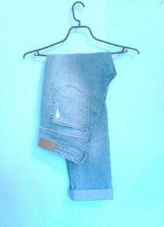 Kup mój przedmiot na #vintedpl http://www.vinted.pl/damska-odziez/dzinsy/13792819-swietne-spodnie-boyfriend-z-przetarciami-hm-rozmiar-ml