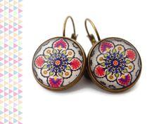 Boucles d'oreilles cabochon bronze - Oriental - rose fuchsia bleu orange vert verre dormeuses : Boucles d'oreille par tinais-creations