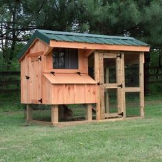 The 'Nancy' coop is a spacious all-in-one coop and run combination capable of comfortably housing up to five chickens. Hand-built by local craftsman in Pennsylvania, this unit comes fully assembled, and built with the beginner in mind.