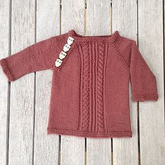 Baby Squirrel DROPS Baby 17 18 Free knitting patterns by