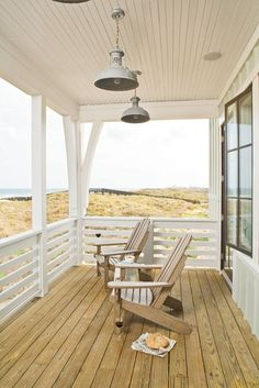 Beachfront porch. Yes, please