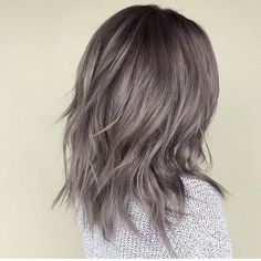 Another favorite gray from last night's color contest using #modernsalon! This metallic pearl gray was created by @jamiekeikohair❕