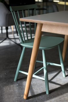 J46 FDB Chair by Poul Volther 1956, Icons of Denmark, Designjunction 2015