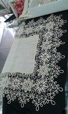 Neşe'nin gözdeleri Cross Stitch Patterns, Crochet Patterns, Romanian Lace, Point Lace, Linens And Lace, Needle Lace, White Embroidery, Tatting, Diy And Crafts