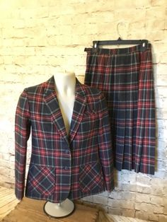 Vintage Young Pendleton Matching Plaid Jacket and Pleated Skirt 7/8 100 % Wool