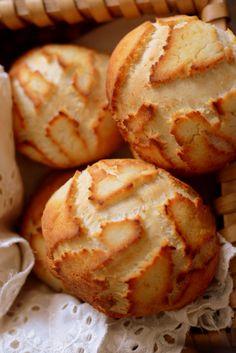 Dutch Crunch Bread / Tiger Bread