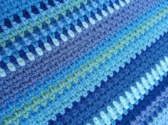 French Stripe Throw - The idea is just to keep on going as long as the yarn lasts, the pattern is 1 ch, then the next row you work the double crochet into the one chain space and then a chain, so it all interlocks and gives a lovely dense yet flexible Crochet Afghans, Afghan Crochet Patterns, Crochet Squares, Baby Blanket Crochet, Crochet Stitches, Crochet Baby, Crochet Blankets, Baby Blankets, Crochet Geek
