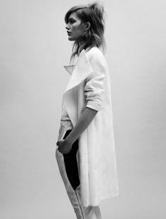 perfect white coat. just perfect. #rasspwhite #fashionstyle #minimalist