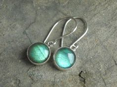 Hey, I found this really awesome Etsy listing at https://www.etsy.com/listing/105416247/silver-labradorite-earrings-dangle