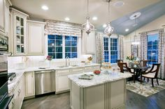Toll Brothers - Kitchen with Center Island and Breakfast Nook