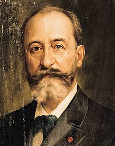 We all should part our beards down the middle. Thank you, Camille Saint-Saens, for leading the way.