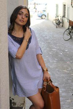 C a blue dress zara Zara Dresses, Women's Fashion Dresses, Blue Dresses, Woman Dresses, Zara Fashion, Summer Outfits, Street Style, Shirt Dress, Casual