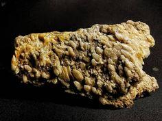 """""""The Dragon Skull"""" from Waidbruck, South Tyrol, Italy 1978 Macro Shots, Mineralogy, South Tyrol, Macro Photography, Geology, Quartz, Dragon, Skull, Italy"""