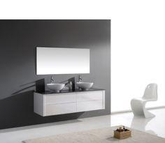 Magnifique ensemble meuble de salle de bain double vasque en bois massif et MDF coloris laqué (blanc ou noir). Le meuble sous vasque se compose de 4 tiroirs, les 2 vasques arrondies en marbre artificiel Blanc Brillant reposent sur un plan en marbre noir artificiel. L'ensemble est accompagné d'un miroir central. Rapide à installer, ce meuble double vasque affiche un design unique et une couleur très tendance by InterougeHOME. Deco Cool, Bathroom Lighting, Central, Mirror, Bathrooms, Furniture, Simple, Unique, Home Decor