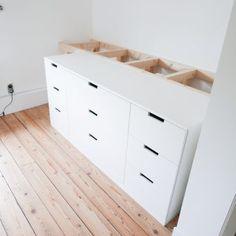 Slaapkamer make over en DIY halfhoogslaper – Ikea Nordli hack – Mix it Make it Small Room Bedroom, Kids Bedroom, Bedroom Sets, Bedroom Decor, Nordli Ikea, Ikea Loft, Ikea Bed Hack, Ikea Chest Of Drawers, Diy Storage Bed