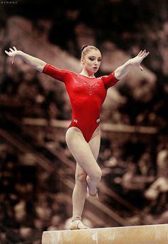 Elite Gymnastics, Amazing Gymnastics, Gymnastics Pictures, Artistic Gymnastics, Olympic Gymnastics, Gymnastics Girls, Gymnastics Leotards, Aliya Mustafina, Gymnastics Flexibility