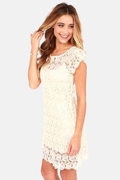 Black Swan Presley Cream Lace Dress at LuLus.com #lulus #holidaywear