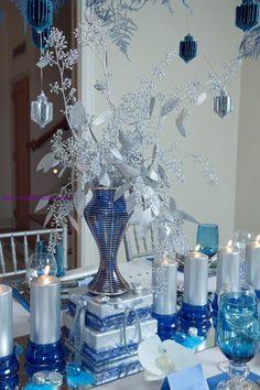 chanukah table...jewish hostess