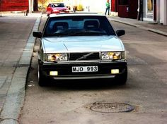 Volvo 780 by bertone. want this!!
