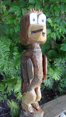 Chainsaw Carving Bird Cartoon Made by Bill carver: https://www.facebook.com/Bill.Sculptures.tronconneuse.Quebec