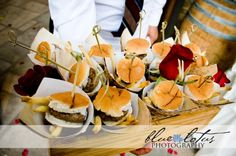 Butler passed appetizers at wedding reception- chic mini burgers. - Outdoor Summer Wedding at a Napa Valley Winery: Kurt and Gurminder Wedding Buffet Food, Food Buffet, Wedding Catering, Bar Food, Catering Menu, Buffet Tables, Food Bars, Catering Services, Mini Burgers