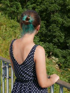 Turquoise undercolour #turquoise #brown #hair #bun #undercolour