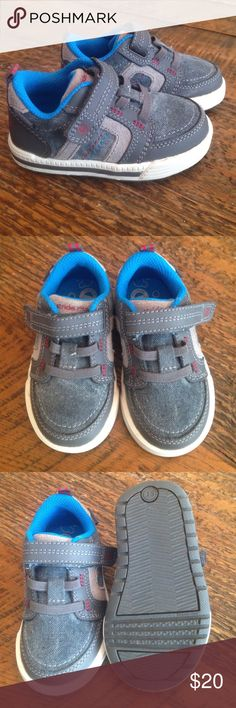 Boys Sneakers Brand New Boys Stride Rite Sneakers.  Size 4 1/2M. Grey with Velcro strap.  Worn only once.  Machine washable and memory foam.  Like New! Stride Rite Shoes Sneakers