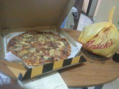 Free pizza and andok's chicken from mom... :)