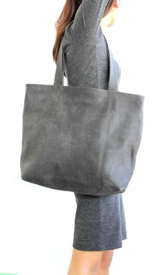 Valentines day sale Grey leather tote  , Grey distressed leather bag , BarLeather by BarLeather on Etsy https://www.etsy.com/il-en/shop/BarLeather