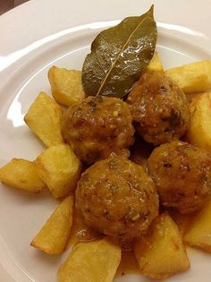 Albóndigas Beer Recipes, Mexican Food Recipes, Vegan Recipes, Cooking Recipes, Ethnic Recipes, Good Food, Yummy Food, Kitchen Dishes, Cheap Meals