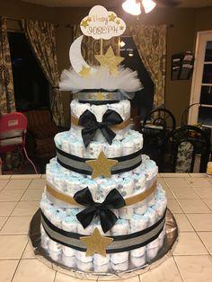 Twinkle twinkle little star baby shower diaper cake Cowboy Baby Shower, Baby Shower Deco, Baby Shower Diapers, Baby Shower Balloons, Baby Boy Shower, Baby Shower Gifts, Diaper Cake Centerpieces, Baby Shower Centerpieces, Diy Diaper Cake
