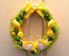 Yellow And Green Wreath With #eggwreath easterwreathdiy #easterwreath