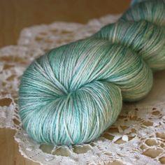 Soie / Fingering Weight / Sea Glass Superwash Merino Wool Silk Hand Dyed Yarn | Phydeaux Designs