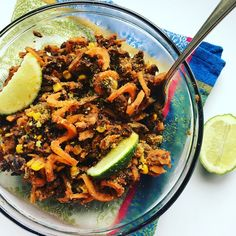 ✨ Cooked sweet potato noodles, black beans, 🌽 & jalapeño in a 🍅 paste, 🌶 sauce with freshly squeezed lime and topped with nooch. Enjoy!