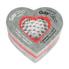 Juego Corazón Gay Erótico 100 Desafios Eróticos - Tease & Please El corazón gay erótico es un juego que estimula los sentidos. Tú o tu pareja sacáis un rollito del corazón con las pinzas. ¿Qué va a suceder? ¿Disfrutaréis juntos de un juego de seducción, de una fantasía compartida o de una prueba erótica?  #juegoseróticos #corazónerótico #fantasiassexuales #juegosdepareja #gay #juegosparagays #erótico  #sorprenderamipareja #regalosoriginales #sexualidad #monotonia #sanvalentin #LOVERSpack