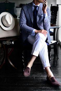 Mens Fashion Suits, Mens Suits, Dandy Style, Men's Style, Suits You Sir, Herren Style, Well Dressed Men, Gentleman Style, Seersucker