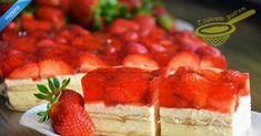 sernik gotowany z truskawkami