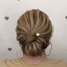 For more video tutorial about hair styles just visit our cutie pie web site! The post Easy and Quick Video Hair Tutorials! appeared first on makeup. Easy Updo Hairstyles, Down Hairstyles, Easy Wedding Hairstyles, Hair Upstyles, Short Hair Styles Easy, About Hair, Hair Videos, Hair Lengths, Hair Inspiration