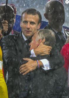 Emmanuel Macron et Didier Deschamps Emanuel Macron, French President, World Leaders, Politics, Celebrities, Countries, People, Fictional Characters, Presidents