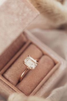 Dream Engagement Rings, Wedding Engagement, Wedding Bands, Moissanite Engagement Rings, Gold Wedding Rings, Pretty Wedding Rings, Ring Verlobung, Solitaire Ring, Solitaire Setting