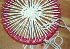 Canadian Crafter: Weaved Flat Bottom Round Bag Red KK