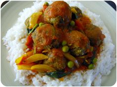 lentils balls in curry sauce