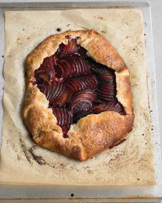 Plum and Almond Galette Plum Galette Recipes, Tart Recipes, Sweet Recipes, Plum Recipes, Dessert Recipes, Summer Recipes, Vegan Recipes, Grilling Recipes, Cooking Recipes