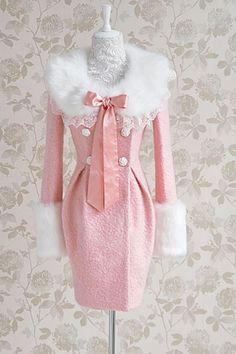 Pink coat!!! #pink #pinkperfection #perfectlypink #pinkohmy #dreamypink #pinknation #pinkwinter