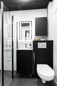Kolmio komistui - Unique Home Bathtub, Vanity, Bathroom, Unique, Home, Standing Bath, Dressing Tables, Washroom, Bathtubs