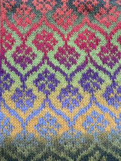 Colourful knit by qusic, via Flickr