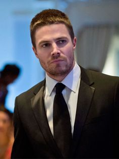 Arrow  Season 1 - Episode 15 - Dodger Tonight 8/7c on CW    http://www.cwtv.com/shows/arrow/#