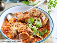 Osso-bucco facile : découvrez les recettes de Cuisine Actuelle Veal Osso Bucco, Risotto Milanese, Gremolata, Veal Shank, Marsala Sauce, Braised Beef, Slow Cooker, Curry, Food And Drink