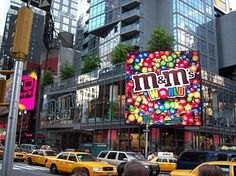 M & M s World Time Square