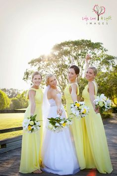 How to white a yellow wedding dresses